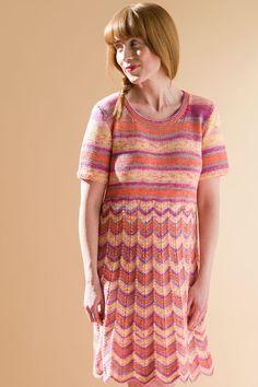 Naisen neuletunika Novita Puro Batik | Novita knits