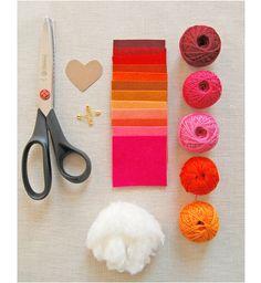 easy Valentine's Day felt heart crafts