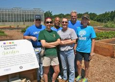 Last Monday we had another great visit from Christa Vidonic and her Dominion Power co-workers in the Lewis Ginter Community Kitchen Garden.