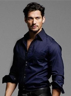 deep blue shirt - crazy for dark colored shirts! it is a very elegant look. and david gandy in one sure doesn't hurt. David Gandy, Mode Masculine, Sharp Dressed Man, Well Dressed Men, Fashion Moda, Mens Fashion, Stylish Men, Men Casual, Casual Blazer