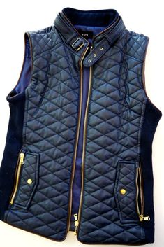 Whoa whoa whoa, leather + puffer vest+ looks like the sides have a stretchy fabric that would give fit- give it to me in burgundy please. Stitch Fix Fate Rowen Faux Leather Quilted Vest Winter Wear, Autumn Winter Fashion, Fall Fashion, Fall Winter, Estilo Jeans, Stitch Fix Fall, Stitch Fit, Stitch Fix Outfits, Looks Chic