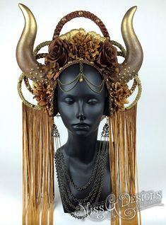 Horned Goddess Headdress by MissGdesigns - Artisan Crafts / Costumery / Props & Accessories Mode Costume, Cosplay, Looks Cool, Headgear, Headdress, Headpieces, Costume Design, Diy Clothes, Character Design
