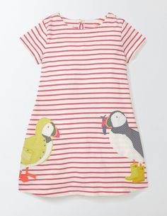 Rowing animals + a raincoat-wearing puffin + stripes = a combination you can't find elsewhere. In soft jersey that's tough enough for epic expeditions, this dress features a fully twirlable skirt (because dresses do adventures too, you know).
