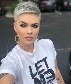 Glamour Short Hairstyles for Prom And Stylish 2019 - Page 27 of 42 - Everythi. - Glamour Short Hairstyles for Prom And Stylish 2019 – Page 27 of 42 – Everything - Prom Hairstyles For Short Hair, Short Pixie Haircuts, Pretty Hairstyles, Girls Shaved Hairstyles, Glamorous Hairstyles, Pixie Haircut Styles, Teenage Hairstyles, Haircut Short, Latest Hairstyles