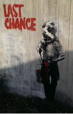Banksy in Teignmouth, Devon, UK.omg ive been there-💕 Street Art Banksy, Banksy Graffiti, Graffiti Wall Art, Murals Street Art, Mural Art, Banksy Artwork, Bansky, Street Art Love, Urban Street Art