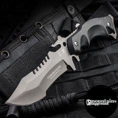 Survival Helpful Techniques For survival gear weapons Buck Knives, Cool Knives, Knives And Swords, Tactical Knives, Tactical Gear, Survival Axe, Teacher Survival, Survival Tips, Combat Knives