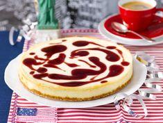 German Cheesecake, New York Cheesecake Rezept, American Cheesecake, Cranberry Cheesecake, Baked Cheesecake Recipe, Classic Cheesecake, Homemade Cheesecake, Köstliche Desserts, Delicious Desserts