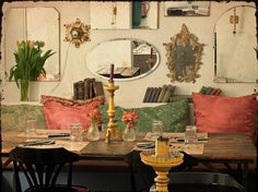 Isabella's,   Chic & cool, perfect for girls dinner in  barcelona..