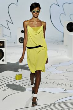 Diane von Furstenberg Resort 2012 Collection Photos - Vogue