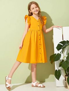 To find out about the Girls Ruffle Trim Button Front Dress at SHEIN, part of our latest Girls Dresses ready to shop online today! Girls Fashion Clothes, Teen Fashion Outfits, Kids Outfits, Kids Fashion, Frocks For Girls, Dresses Kids Girl, Girls Casual Dresses, Kids Dress Wear, Baby Dress