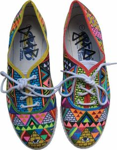Maybe I could get some plain Keds & imitate these