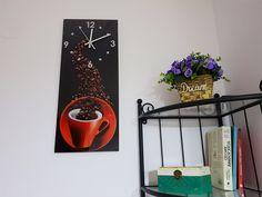Ceas de perete pentru bucătărie model ceaşcă şi boabe de cafea. Ladder Decor, Magazine Rack, Home Decor, Decoration Home, Room Decor, Home Interior Design, Home Decoration, Interior Design