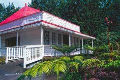 LES CASES CRÉOLES DE LA RÉUNION 6 Case Creole, French Colonial, Colonial Architecture, Barbados, Caribbean, Exotic, Cottage, Ocean, Indoor