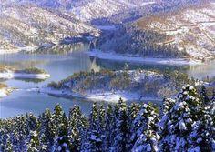 Plastira lake in the snow greece Parthenon, Acropolis, Mykonos, Santorini, Enchanted Lake, Greek Beauty, Earth Homes, Snow Mountain, In Ancient Times