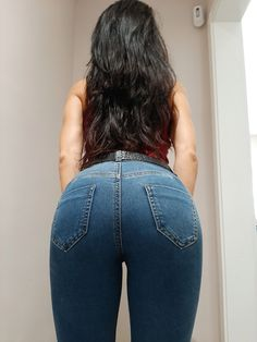 Jeans from Twitter #denim #jeans #fashion Sexy Jeans, Denim Flare Jeans, Superenge Jeans, Cut Out Jeans, Little Girl Leggings, Best Jeans For Women, Insta Models, Curvy Girl Fashion, Tops For Leggings