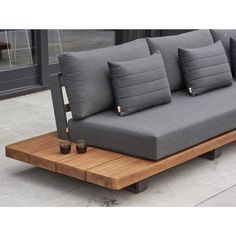 Outdoor Lounge, Outdoor Chairs, Welded Furniture, Hot Tub Deck, Wooden Wardrobe, Backyard Seating, Modern Outdoor Furniture, Wood Sofa, Diy Sofa