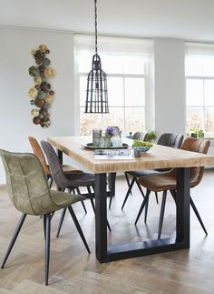 At Profijt Meubel you will find contemporary furniture of top quality for your interior. Furniture such as # armchairs, . Dinning Room Tables, Diy Dining Table, Dining Room Design, Interior Design Living Room, Kitchen Design, Dining Chairs, Home Decor Furniture, Dining Furniture, Modern Kitchen Tables