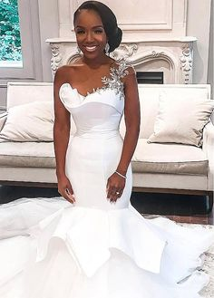 African One-Shoulder Wedding Dresses Mermaid Beaded Lace Up Plus Size Bridal Gowns Bride Dress Robe De Mariee 2020 White Wedding Dresses, Bridal Dresses, Bridesmaid Dresses, Tolu, Designer Wedding Gowns, Gown Designer, Black Bride, Dress Robes, Mermaid Dresses