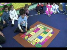 Children Programming BeeBot Robot at school - by ASMvlog (via YouTube)