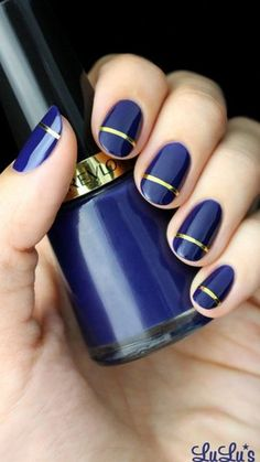 Mani Monday: Indigo Blue and Gold Striped Nail