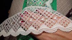 Bobbin Lacemaking, Bobbin Lace Patterns, Hardanger Embroidery, Lace Making, Macrame, How To Make, Crafts, Stitches, Bobbin Lace