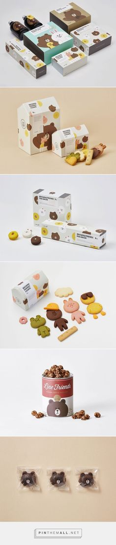 LINE Café F&B. Food and beverage packaging by Line Friends Pd Kids Packaging, Food Packaging Design, Beverage Packaging, Pretty Packaging, Packaging Design Inspiration, Brand Packaging, Corporate Design, Graphic Design Branding, Identity