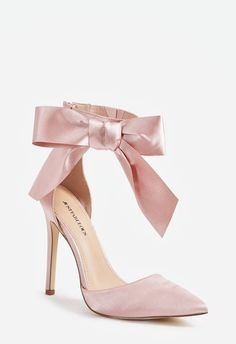 Charm the entire room when you strut in with these gorgeous pumps featuring an ankle strap detail and large satin bow. Source by women shoes Fancy Shoes, Pretty Shoes, Beautiful Shoes, Cute Shoes, Me Too Shoes, Bride Shoes, Prom Shoes, Wedding Shoes, Stilettos