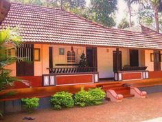 Trendy House Architecture Styles Dream Homes Stones Ideas Kerala Traditional House, Traditional House Plans, Traditional Homes, Indian Home Design, Kerala House Design, Village House Design, Village Houses, Courtyard House, Facade House