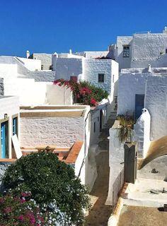 ΠΆΤΜΟΣ ΔΩΔΕΚΆΝΗΣΑ Ancient Greece, Greek Islands, Landscapes, Adventure, Mansions, House Styles, Travel, Beautiful, Greek House