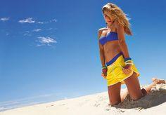 Majówka, wakacje i wyjazdy coraz bliżej - zobaczcie jakie trendy w modzie plażowej prezentuje Calzedonia :) http://louloublog.pl/calzedonia-2013/