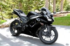 Ninja ZX6R - Black Kawasaki Ninja | Kawasaki Ninja Motorcycles