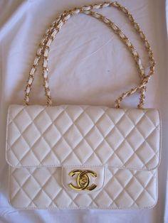 b134079e018cd stylish chanel bags on discount