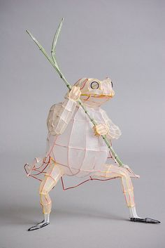 wire and paper frog - or could use thin willow twigs like miniature PATINA things!