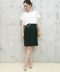 綺麗にまとまったモノトーンで差をつけて♡プロムのドレスのアイデア