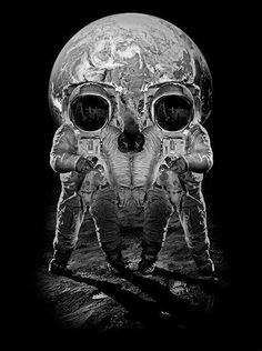 astronut & moon makes a skull