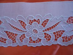 Discover thousands of images about b Cutwork Embroidery, Machine Embroidery, Embroidery Designs, Cross Stitch Freebies, Cut Work, Fabric Painting, Decorative Bowls, Needlework, Tapestry