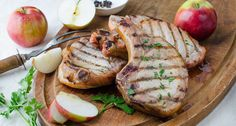 Apple-Bourbon Brined and Smoked Pork Chops. This bourbon brine gives extra juiciness to this dish. Smoked Pork Chops, Tender Pork Chops, Cooking With Bourbon, Southern Cooking Recipes, Southern Food, Apple Bourbon, Sauerkraut Recipes, Smoking Recipes, Chops Recipe