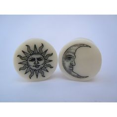 Sun & Moon Plugs on White Bone. 2g (6mm) or 4g (5mm) Double Saddle Plugs / Gauges by Gauge Queen