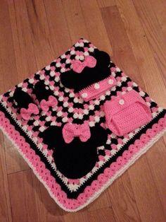 Crochet Minnie Mouse for Brandy Crochet Blanket Patterns, Baby Blanket Crochet, Minnie Mouse Blanket, Crochet Disney, Baby Girl Blankets, Baby Afghans, Manta Crochet, Crochet Baby Clothes, Crochet Gifts