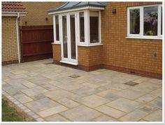 Yorkstone patio using 3 sizes of paving Flagstone Patio, Cement Patio, Pergola Patio, Backyard Patio, Patio Design, Garden Design, Crushed Granite, York Stone, Outdoor Spaces