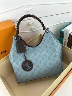Louis Vuitton Monogram Empreinte Leather Pochette Metis Handbag Article: Made in France – The Fashion Mart Handbags Online, Purses And Handbags, Fashion Handbags, Fashion Bags, Fashion Plates, Fashion Fashion, Louis Vuitton Handbags, Louis Vuitton Monogram, Vuitton Bag