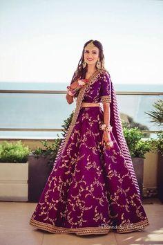Boldest Colours Real Brides Wore On Their Mehendi!   WedMeGood