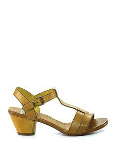 moma sandale