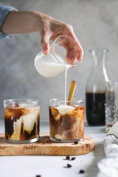 Cold brew Cold Brew Iced Coffee, Coffee Drinks, Starbucks Drinks, Starbucks Coffee, Chocolate Hazelnut, Chocolate Coffee, Food Styling, Yummy Drinks, Yummy Food