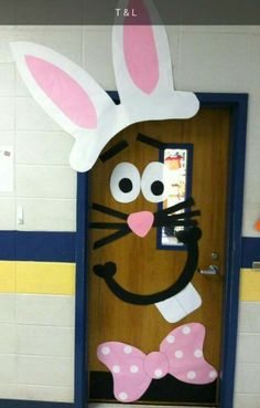Spring door decorations classroom preschool easter bunny 22 Ideas for 2020 Easter Bulletin Boards, Decoration Creche, Preschool Door, Preschool Teachers, School Door Decorations, School Doors, Spring Door, Easter Activities, Classroom Activities