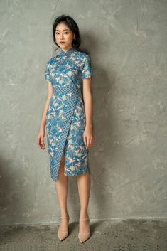 Dai Modern What's new Indigo Dress, Batik Dress, Myanmar Dress Design, Batik Fashion, Cheongsam Dress, Mode Vintage, Retro Vintage, African Dress, Traditional Dresses
