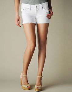 True Religion Brand Jeans,  KIERA MID THIGH CUT OFF SHORTS - (Optic White) $150 (stagecoach)