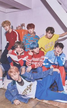 Just some pics and gifs of the K-Pop group I stan, BTS. (I have more pics of Jungkook than anyone else because he's my bias. Just a heads up. K Pop, Foto Bts, Namjoon, Les Bts, Jung So Min, Bts Group Photos, Bts Group Picture, K Wallpaper, Jimin Wallpaper