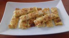 Sajtos, ropog, nem hízlal! Mi kell ennél több egy sós nasinál? Köszönjük a receptet Turay Orsolyának! Savory Snacks, Onion Rings, Mozzarella, Asparagus, Macaroni And Cheese, Cheddar, Nom Nom, Bacon, Paleo