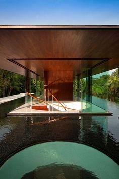 Water-Cooled-House_Wallflower_plusMOOD-23.jpg 682×1.024 pixels